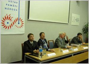 Foto: Zľava: Ľubomír Morbacher, Ján Langoš, Miroslav Lehký, Miroslav Černý a Tomáš Vilímek.
