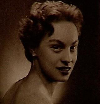 Foto: Margita Tinschmidtová rod. Máthéová foto z mladosti